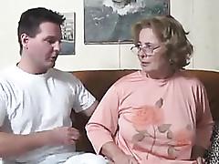 milf durchbohrte nippel - hot granny xxx