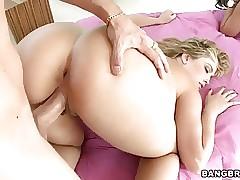 bubble butt milfs - videos of sex