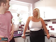 chubby milf porn - adult porn movies